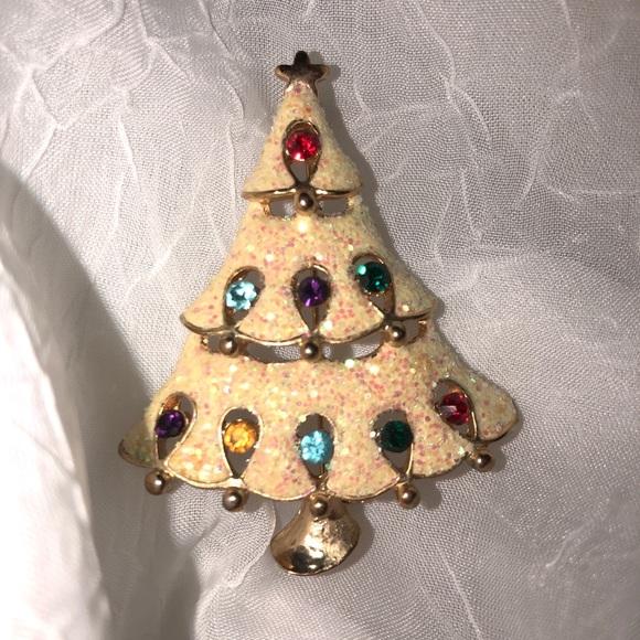 Kohls Christmas Trees.Christmas Tree Brooch Nwt